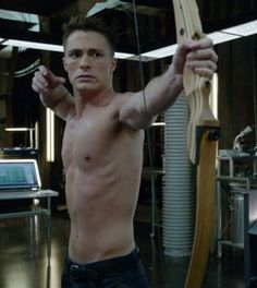 Arrow - The promise - Colton Haynes as Roy Harper training in the Arrow Cave!