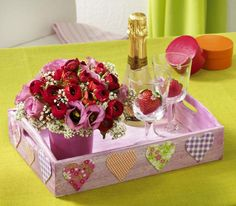 Para comemorar o Dia dos Namorados   COPY