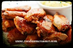This recipe for barbecue chicken wings will be very easy to .- This recipe for barbecue chicken wings will be very easy to prepare. Just put all the ingredients into the glass, programs and voila. Barbecue Chicken, Barbecue Recipes, Chicken Wings, Carne, Chicken Recipes, Meat, Food, Vase, Wing Recipes