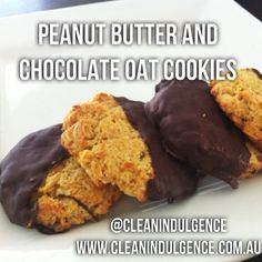 Clean eating peanut butter and chocolate oat cookies! Perfect for the whole family ! Recipe at - www.cleanindulgence.com.au follow me on Instagram @Clean Indulgence or Facebook- clean indulgence
