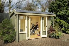 Home gym shed. Great idea, love it!
