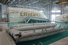 Photo Tour of Emirates Airlines Crew Training in Dubai Aviation College, Civil Aviation, Emirates Cabin Crew, Airline Cabin Crew, Emirates Airline, Airline Logo, Pilot Training, Flight Attendant Life, Dubai