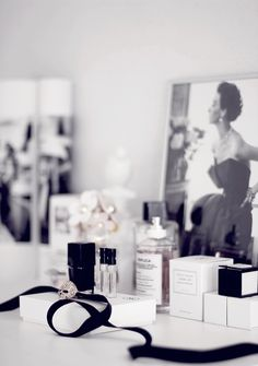 Perfume vignette