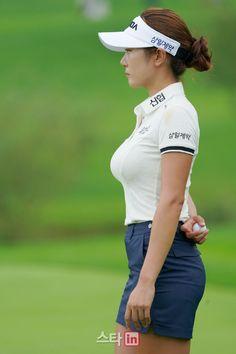 Curvy Celebrities, Sexy Golf, Sporty Girls, Equestrian Outfits, Cute Asian Girls, Curvy Women Fashion, Sexy Stockings, Golf Outfit, Beautiful Asian Women