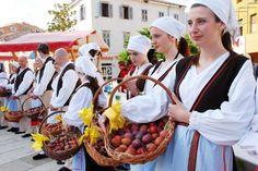 Traditional Slovenian Dresses via www.zoolz.com