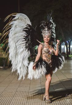 Brazilian Carnival Costumes, Alba, Twiggy, Outfits, Fashion, Carnival Costumes, Empire, Hipster Stuff, Moda