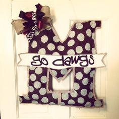 """Burlap Mississippi State """"Go Dawgs"""" Door Hanger"""