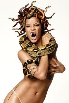 Rihanna Medusa Art, Medusa Gorgon, Medusa Tattoo, Snake Girl, Rihanna Style, Rihanna Fenty, Fantasy Artwork, Erotic Art, Cosplay