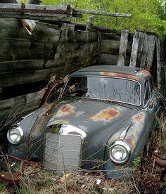 Rusty Ponton Mercedes