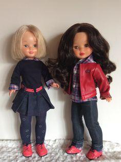 "Vestidos Para Nancy ""El Costurero De Chus"": enero 2016 Girl Doll Clothes, Girl Dolls, Vestidos Nancy, Nancy Doll, Doll Making Tutorials, Wellie Wishers, Stuffed Toys Patterns, American Girl, Tatoos"