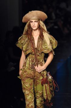 """The Look: """"Pirates of the Caribbean"""" - Jean Paul Gaultier Spring 2008"""