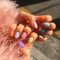 The best new nail polish colors and trends plus gel manicures, ombre nails, and nail art ideas to try. Get tips on how to give yourself a manicure and. Gradient Nails, Fun Nails, Pretty Nails, Rainbow Nails, Pastel Nails, Acrylic Nails, Coffin Nails, Rainbow Pastel, Gold Nails