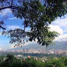 """Te presentamos la selección: <<FOTO DEL DÍA>> en Caracas Entre Calles. """"CRCS  6/07"""" ============================  F O T Ó G R A F O  >> @artofview << Visita su galería ============================ SELECCIÓN @ginamoca TAG #CCS_EntreCalles ================ Team: @ginamoca @luisrhostos @mahenriquezm @teresitacc @floriannabd ================ #Caracas #Venezuela #Increibleccs #Instavenezuela #Gf_Venezuela #GaleriaVzla #Ig_GranCaracas #Ig_Venezuela #IgersMiranda #InstaloVenezuela #Ig_Caracas…"""