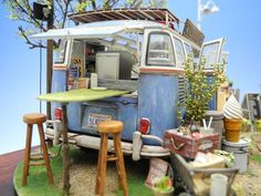 Windy Books Cafe - Love this mini camper van scene Mini Caravan, Mini Camper, Camper Van, Vw Bus, Altered Tins, Altered Art, Book Cafe, Fairy Houses, Doll Houses