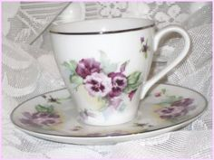 Pansies teacup/saucer