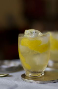 Lillet & Gin Lemonade