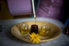 Selbstgemachter Honig.. 🐝🍯🌻 #VisitHOCHsteiermark #Honig #Bienen #Blumen #Blütenhonig #Imkerei #Garten #Flower #Honey 📷 Tom Lamm Incense, Lamb, Honey, Bees, Homemade, Garten