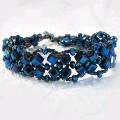 Glass Bead Crystal Bracelet Medium Large 8.5 Inch Toggle Clasp Blue