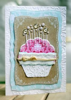 Cupcake card by Maria, I love the pearl drops on the candles :)