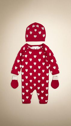 Deep red Cashmere Heart Print Baby Gift Set - Image 1