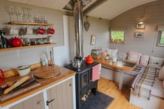 Angels Hut | Glamping Shepherds Huts And Wagons in Dorset | Sleeps 2 | Pet Friendly | Quality Unearthed