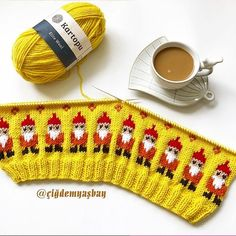 Crochet Cardigan Free Pattern Kids Red Hearts Ideas For 2019 Sweater Knitting Patterns, Knitting Socks, Crochet Patterns, Baby Girl Hats, Girl With Hat, Crochet Baby Socks, Crochet Cardigan, Baby Hut, Free Baby Stuff