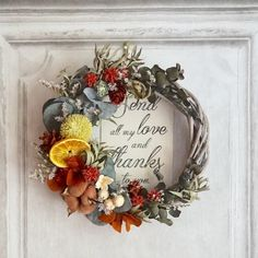 How To Wrap Flowers, How To Preserve Flowers, Diy Flowers, Christmas Flower Decorations, Xmas Wreaths, Dried Flower Wreaths, Dried Flower Bouquet, Flower Crafts, Flower Art