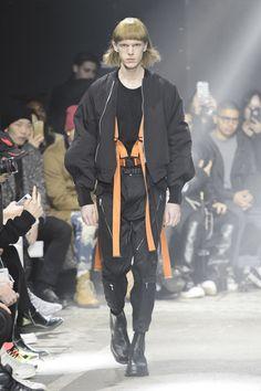 Julius Menswear Fall Winter 2017 Paris
