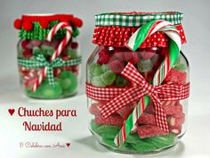 Botes de chuches navidad Christmas Food Gifts, Mickey Christmas, Christmas Baskets, Homemade Christmas Gifts, Christmas Cooking, Christmas Love, Christmas Candy, Xmas Gifts, Christmas Crafts