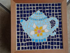 Best DIY Mosaic Craft Ideas and Projects DIY If you have the desire to create mosaics but are not sure how to go about it, consider creating your own DIY mosaic craft using one of the many kits a. Tile Crafts, Mosaic Crafts, Mosaic Diy, Mosaic Ideas, Simple Designs, Cool Designs, Mosaic Pieces, Ancient Art, Craft Ideas