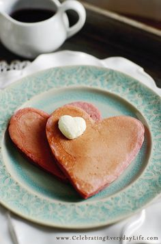 I {heart} Strawberry Pancakes