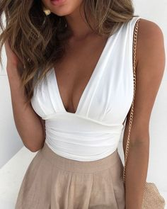 Perfect Image, Perfect Photo, Trend Fashion, Fashion Outfits, Women's Summer Fashion, Women's Fashion, Love Photos, Cool Pictures, Tops Online Shopping
