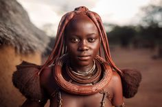 Tilt Shift Photography, Photography Career, Photography Cheat Sheets, Portrait Photography, Beauty Photography, Photography Ideas, Himba People, African Tribes, African Women