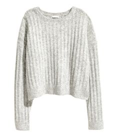 Light gray melange. Slightly shorter sweater in a soft rib knit with wool content. Dropped shoulders and long sleeves.