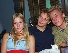 Nuoret Salkkari-näyttelijät vuonna 1999: Jonna Keskinen, Pete Lattu ja Jasper Pääkkönen.