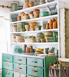 Potting (shed) accessories. Mix of terra cotta and old wire. Green and terra cotta are beautiful together. Outdoor Rooms, Outdoor Gardens, Dream Garden, Home And Garden, Garden Inspiration, Design Inspiration, Room Inspiration, Potting Tables, Vibeke Design