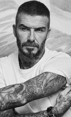 David Beckham Tattoos, David Beckham Style, Beckham Haircut, Short Hair Cuts, Short Hair Styles, Charming Man, Male Grooming, Ageless Beauty, Hair And Beard Styles