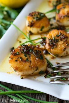 Perfect Pan Seared Scallops (with a Simple Pan Sauce) - A Family Feast