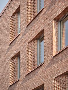 Brick Architecture, Architecture Details, Architecture Sketches, Brick Detail, Brick Facade, Brick Patterns, Brick Building, Garage Design, Brickwork