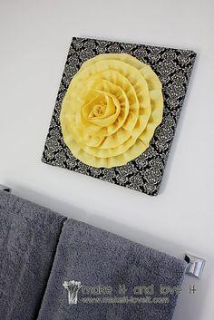 קנווס עם פרח בד