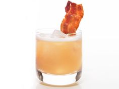 Bottoms up! Pear Cocktail via #FNMag