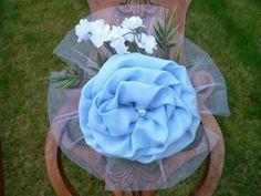 light blue / periwinkle blue pew bow