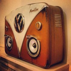 One of the most epic mookboxes yet...the Vw camper inspired ...Vdub RatBus suitcase Boombox