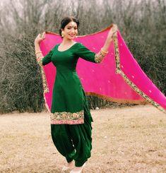 Shop salwar suits online for ladies from BIBA, W & more. Explore a range of anarkali, punjabi suits for party or for work. Indian Suits Punjabi, Punjabi Suit Simple, Punjabi Dress, Indian Wear, Punjabi Wedding Suit, Punjabi Girls, Lehenga Wedding, Punjabi Salwar Suits, Punjabi Bride