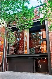 Yale School of Architecture head Paul Rudolph design, 1966. Halston, Gianni Agnelli and Gunter Sachs. 101 East 63rd Street, Manhattan, NY. Under $40 million.