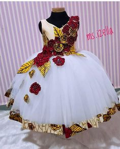 Trendy Asoebi Styles is part of African fashion dresses - Another Saturday to attend weddings Assuming you aren't attending any wedding this Saturday like myself, gather around let's look through these asoebi styles and prepare for when it's our turn … Baby African Clothes, African Dresses For Kids, Ankara Dress Styles, African Dresses For Women, Dresses Kids Girl, African Attire, African Print Dresses, African Kids, African Dress Designs