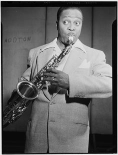 "Gottlieb, William P., 1917-, photographer.  [Portrait of Louis Jordan, Paramount Theater(?), New York, N.Y., ca. July 1946]  1 negative :  b&w ; 3 1/4 x 4 1/4 in.  Caption from Down Beat: Louis got second billing to Glen Gray at the Paramount, recently, but it was Louis who pulled them in.  He also ran uptown to Harlem and added to the hoop-la of the world premier of his full length movie, ""Beware,"" successor to ""Caldonia.""  Notes:  Gottlieb Collection Assignment No. 159 Reference print…"