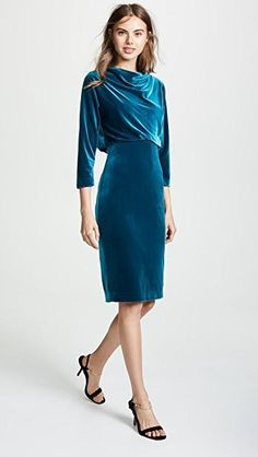 From event evening wear to ball's robes, company has the looks according to your needs. Casual Cocktail Dress, Cocktail Dresses, Dusty Pink Bridesmaid Dresses, Size 0 Models, V Neck Wedding Dress, Dress Silhouette, China Fashion, Badgley Mischka, Ladies Dress Design