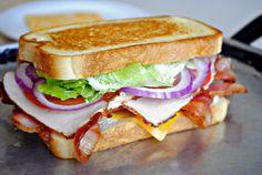 The BLT Club Sandwich - Sandwiches - Sandwich Recipes Subway Sandwich, Club Sandwich Recipes, Soup And Sandwich, Turkey Sandwiches, Wrap Sandwiches, Turkey Club Sandwich, Dinner Sandwiches, Gourmet Sandwiches, Healthy Recipes