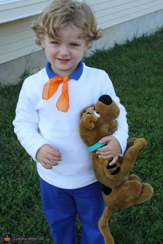 Freddy Scooby-Doo - Homemade costumes for boys - Maybe for Nathan? Scooby Doo Halloween Costumes, Fred Scooby Doo Costume, Halloween Costume Contest, Cartoon Costumes, Costume Ideas, Zombie Costumes, Family Costumes, Boy Costumes, Group Costumes
